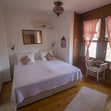 Sığacık Kaleiçi Butik Otel
